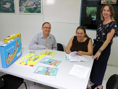 Quitandinha adota Sistema Positivo de Ensino na Educação