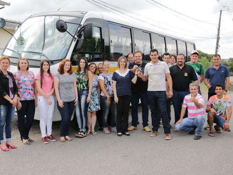 Quitandinha tem novo ônibus para o transporte de alunos