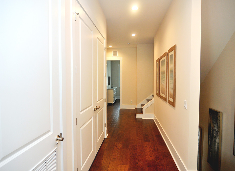 Bedroom Hall B.JPG