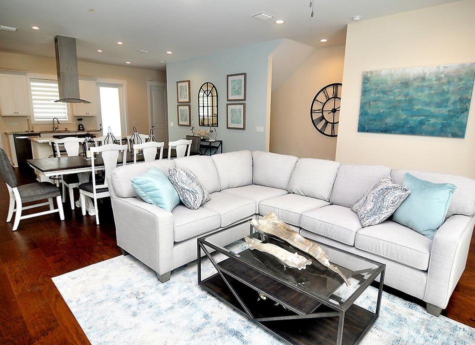 Living Room F.JPG