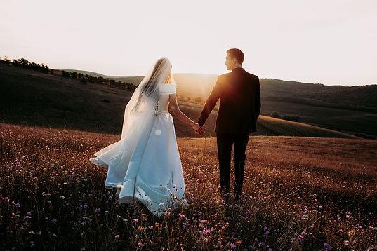 Dansons sous la pluie cérémonie laïque mariage Suisse romande Fribourg