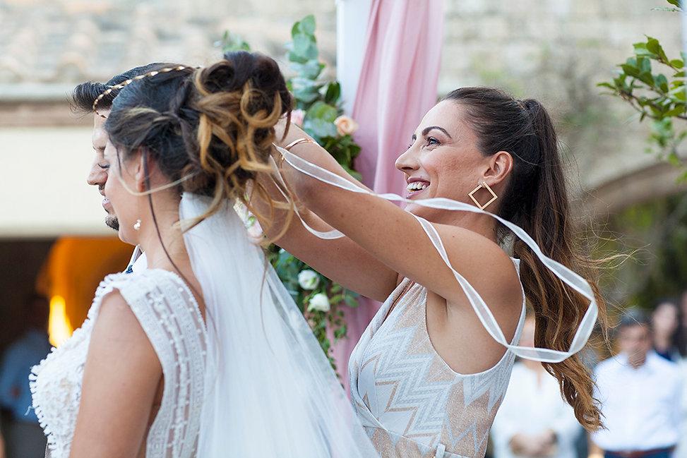 Φωτογράφος γάμου στη Ρόδο και τη Σύμη.Φυσική φωτογράφιση γάμου στη Ρόδο.Στυλάτη νύφη στη Ρόδο. φωτογράφοι γάμου στη Ρόδο το Καστελλόριζο και τη Πάτμο.