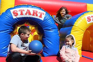 kids_on_bounce.jpg