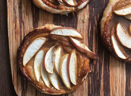 Mini apple tarte tatins