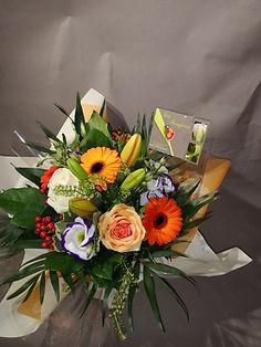 Bouquet_6_(_coloré_)_en_bulle_d'eau_mi