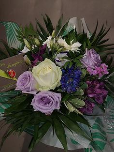 Bouquet 1 (parme) a partir de 30 euros.j