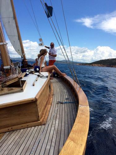 barca-a-vela-Simeone-in-navigazione-dura