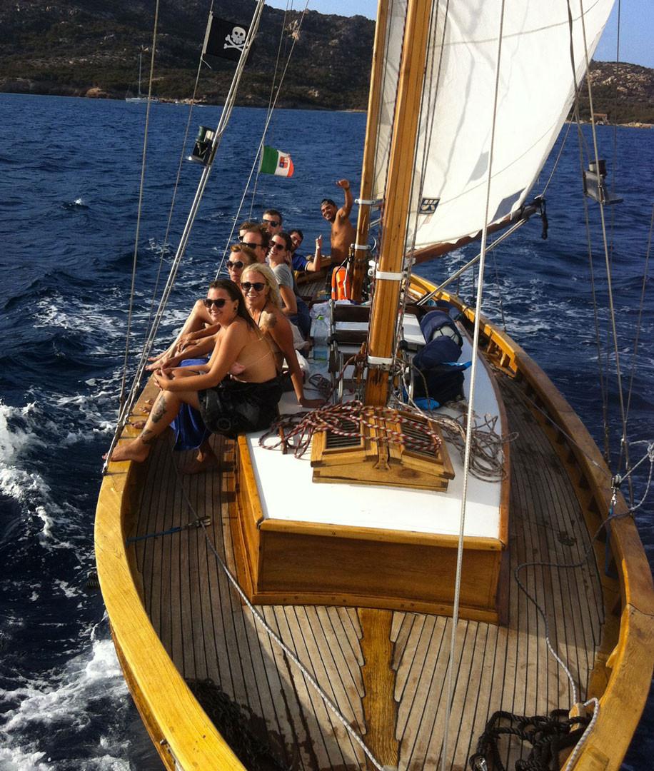 barca-a-vela-Simeone-durante-un-escursio