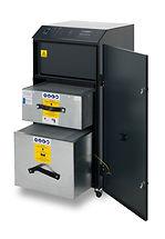 """AD-ORACLE IQ-PC BOFA per applicazioni laser, il rivoluzionario """"Auto voltage sensing pump"""" ne regola automaticamente il fuzionamento con qualsiasi tensione di alimentazione."""