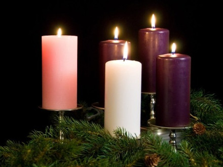 The Circle of Love - Advent Wreath