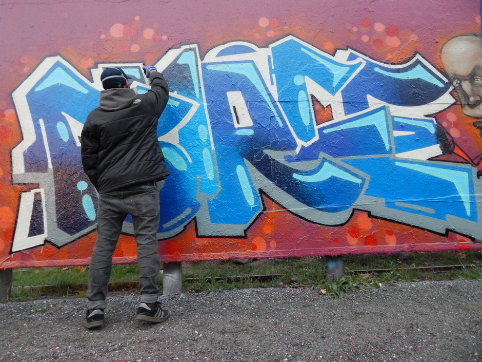 Interview with Graffiti Writer & Gallery Artist Farce One