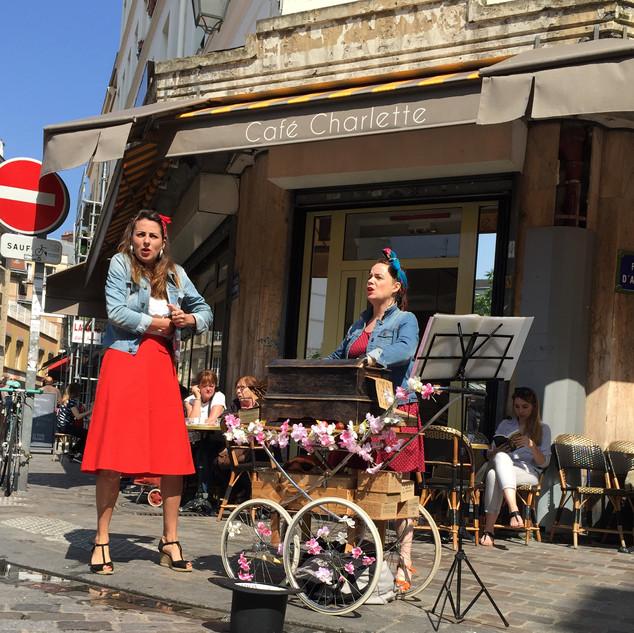 Les Enjoliveuses au marché d'Aligre Juillet 2016