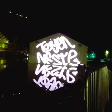 Øyafestivalen, Lasergrafitti