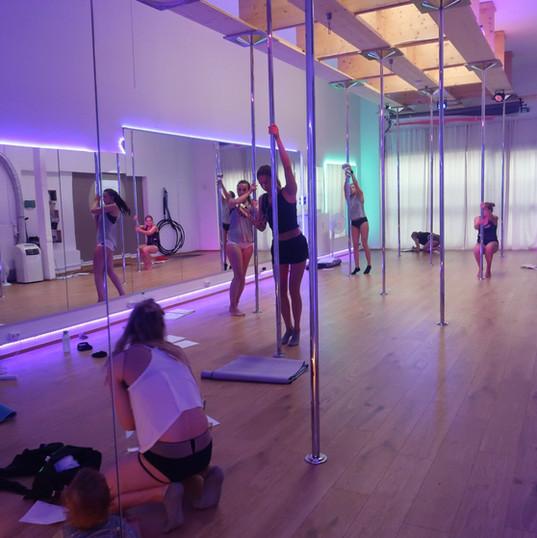 Poledance Trainerausbildung Rosenheim