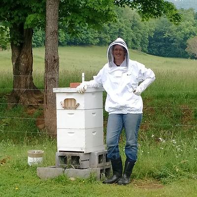 East Tennessee beekeeper on organic farm
