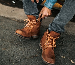 How Work Boots Should Fit- Getting The Right Fit and Improving Your Feet Comfort in a Hurting Pair
