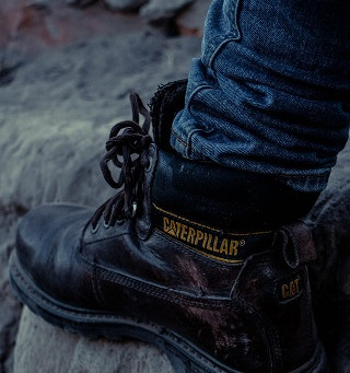 What are Safety Boots and Why Wear Them