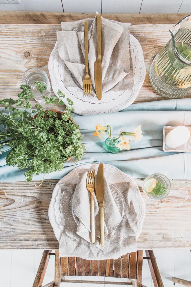 spring table-1001.jpg