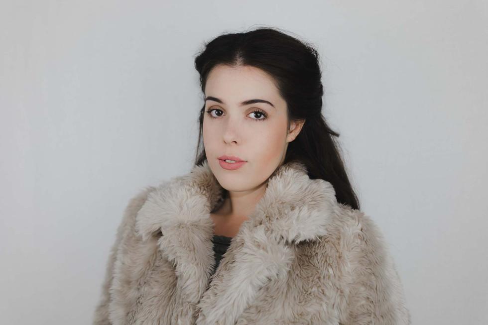 Lucy - Headshots - Emma Vincent Photography-124.jpg