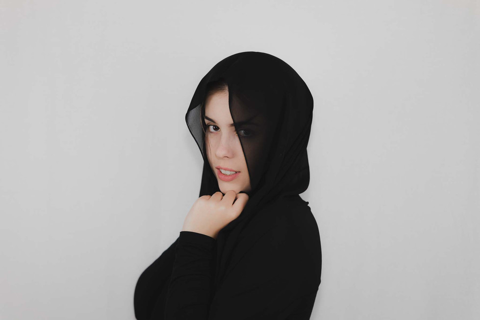 Lucy - Headshots - Emma Vincent Photography-142.jpg