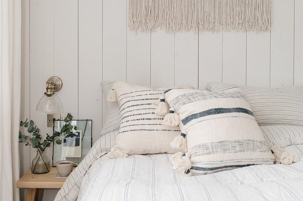 Simple, Cosy & Calm Bedroom Space
