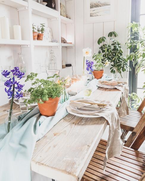 spring table-1005.jpg