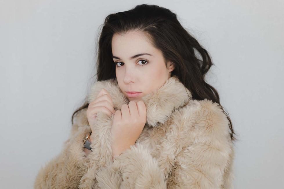 Lucy - Headshots - Emma Vincent Photography-107.jpg