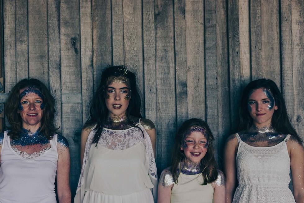 Glitter Shoot - Emma Vincent Photography-15.jpg