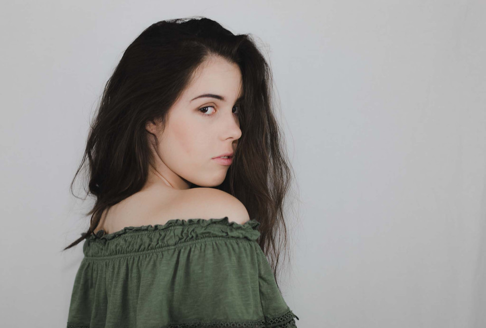 Lucy - Headshots - Emma Vincent Photography-118.jpg
