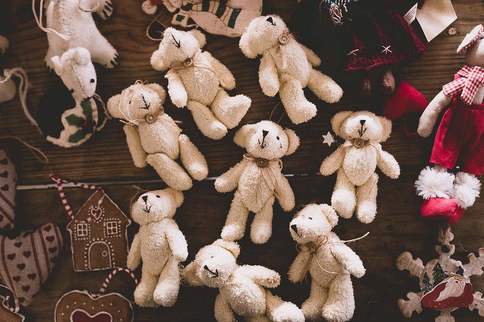 Christmas Decorating | A Photojournal
