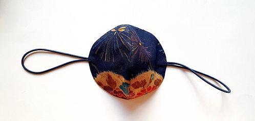 Tela Japonesa / ESPERAR LA PRIMAVERA fondo azul oscuro bola flores trigo