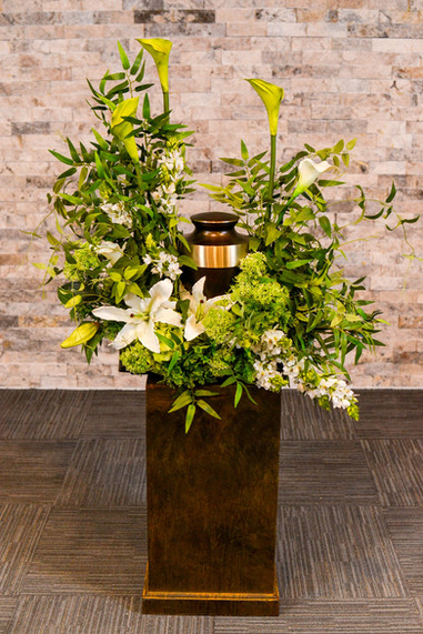 Absolutely stunning Urn arrangement