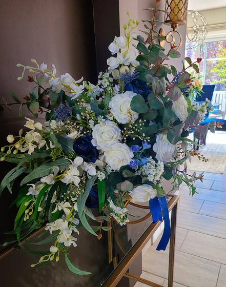 Leslie - Bridal bouquet_InPixio.jpg