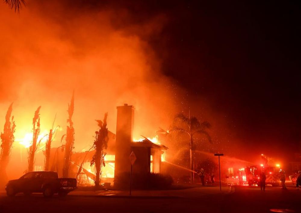 Fire in Oak Park, California