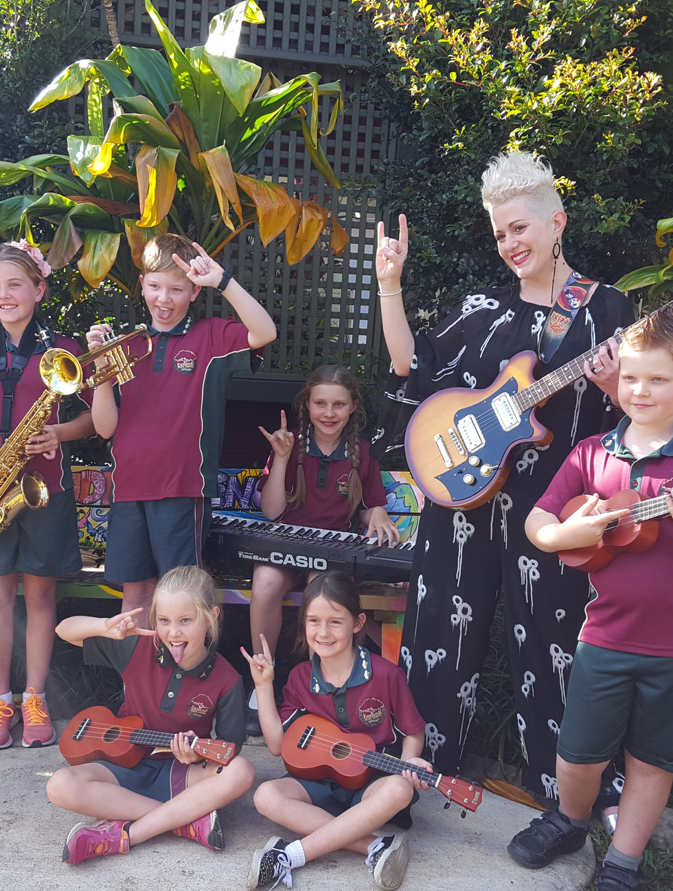 Eumundi School of Rock 2016 with school principal  Katie Noonan