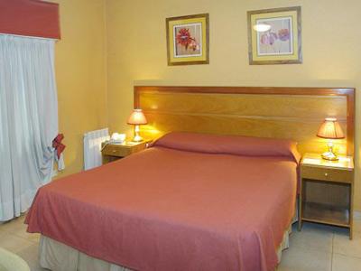 Habitación_matrimonial-_Hotel_Provincial