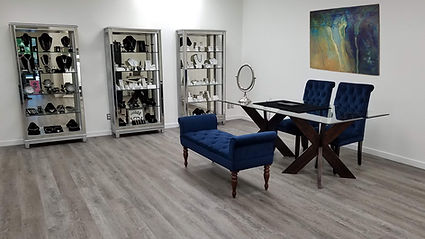 Pulido Jewelers VIP Vault Room Shopping Area