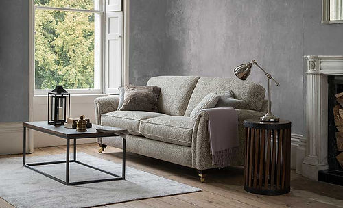 Devonshire-Grand-Sofa-905x550.jpg