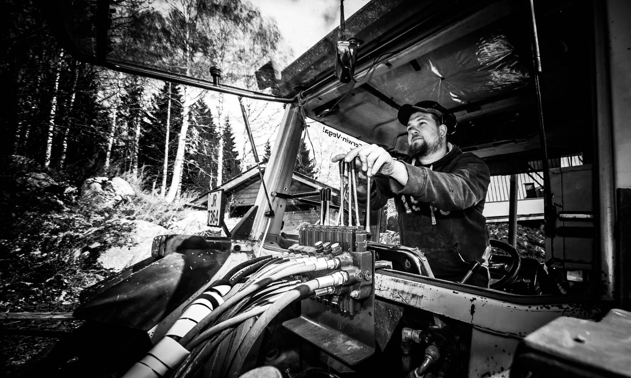Jon Gudbrand bak spakene(Vegardfoto)