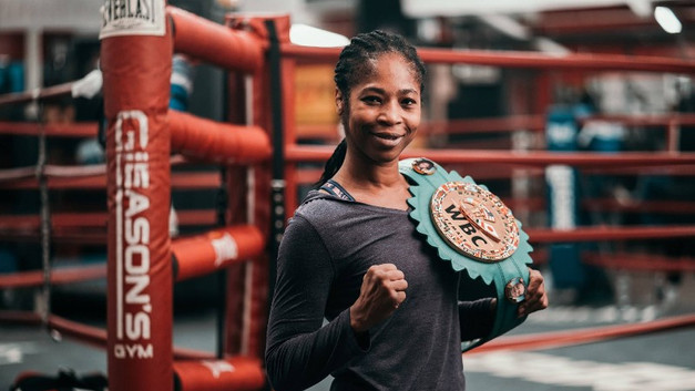 At Gleason's, a Close Community of Female Fighters