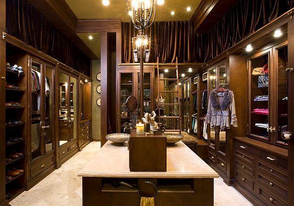 Luxury Walk-In Closets :: KermitBrown.com