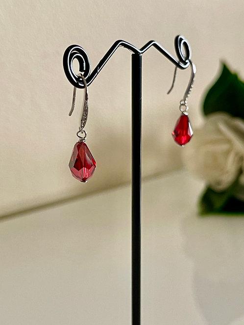 Swarovski element crystal earrings in silver 925 setting