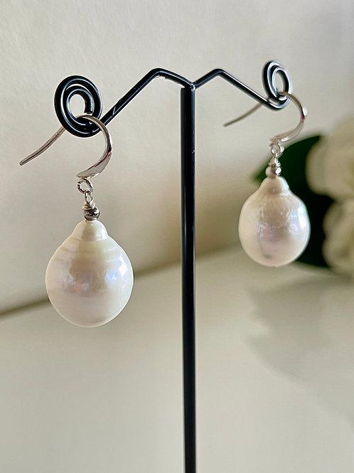Silver 925 Large freshwater drop pearl pierced earrings.