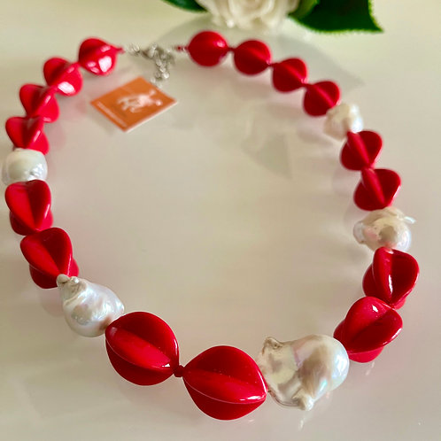 Natural freshwater baroque pearl and red acrylic beads necklace