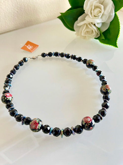 Japanese Tensha beads F/W pearl and onyx necklace