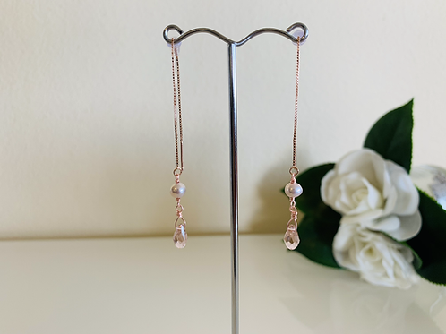 Swarovski crystal pierced earrings with rose gold plated silver 925 chain