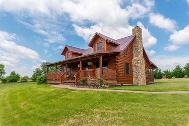 CABIN LIFE!!! This cabin listed with Sus