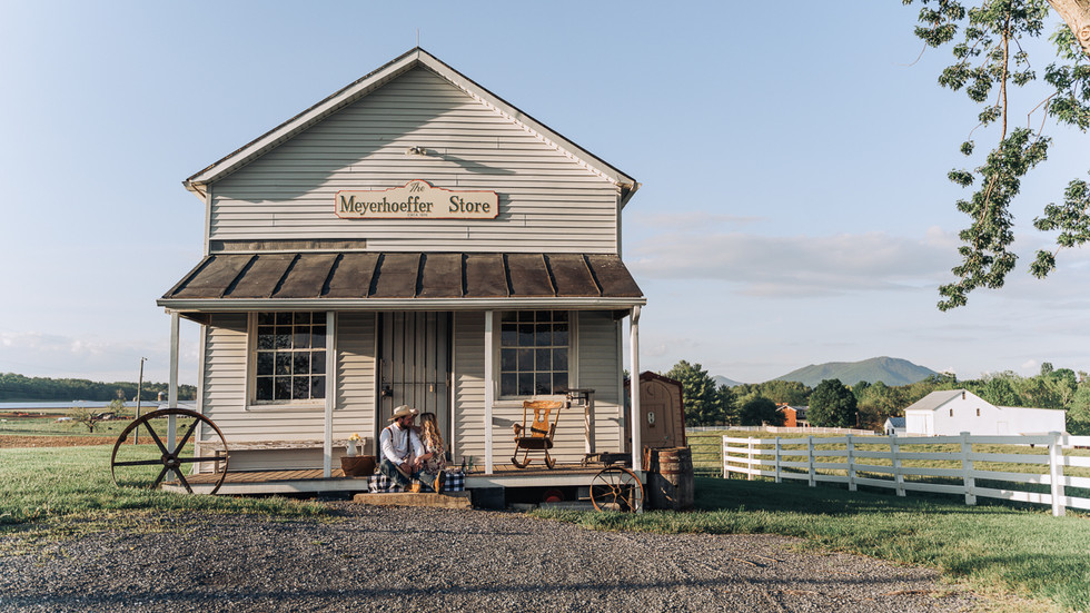 Old Timey Engagement at Frieden Farms!
