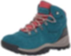 hiking boots travel blog.jpg