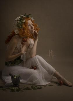 The triple goddess ; la jeune fille